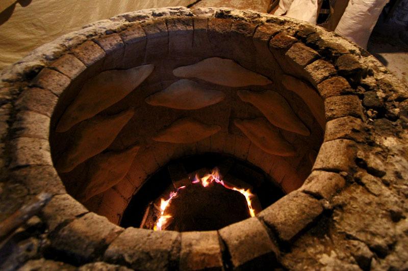 Процесс приготовления грузинского хлеба- Фото 13205- ФотоАргументы.