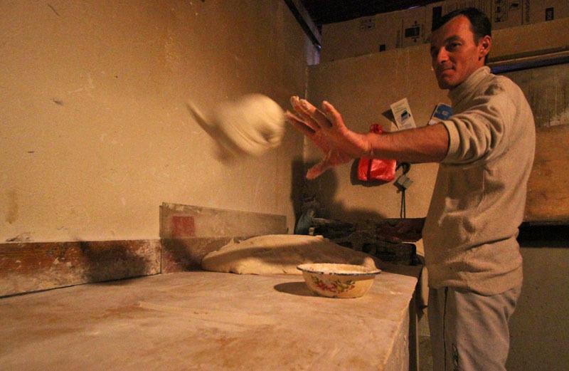 Процесс приготовления грузинского хлеба- Фото 13197- ФотоАргументы.