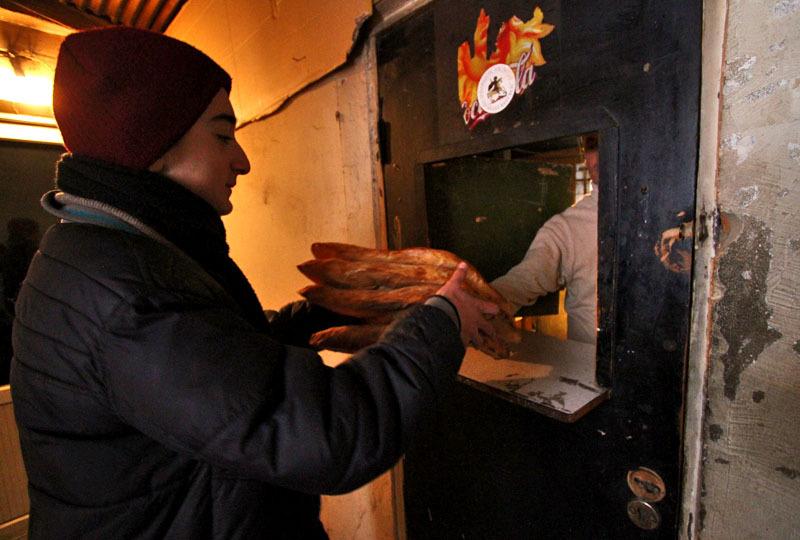 Процесс приготовления грузинского хлеба- Фото 13208- ФотоАргументы.