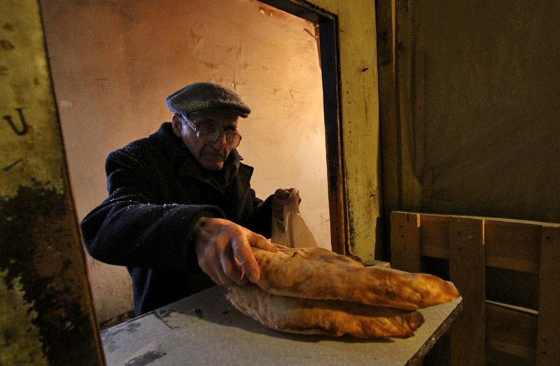 Процесс приготовления грузинского хлеба- Фото 13201- ФотоАргументы.