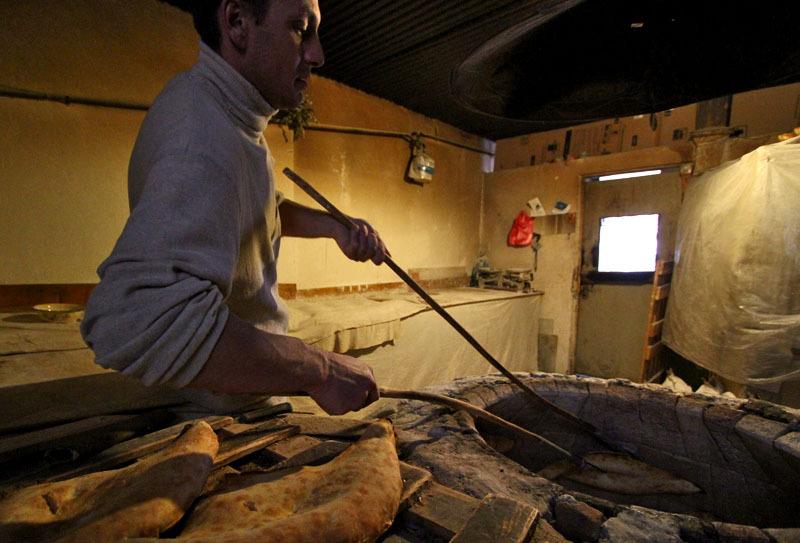 Процесс приготовления грузинского хлеба- Фото 13206- ФотоАргументы.