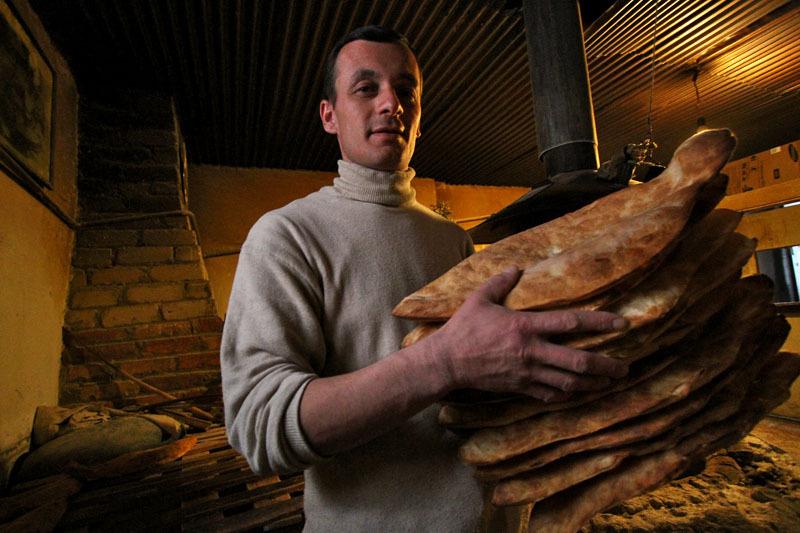 Процесс приготовления грузинского хлеба- Фото 13202- ФотоАргументы.